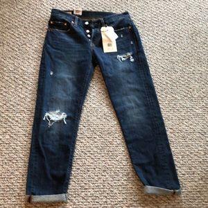 Levi premium jeans omg cute